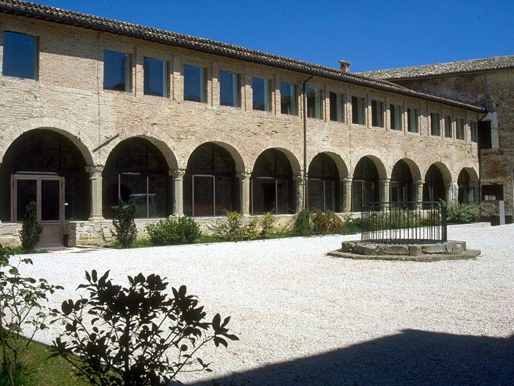 Convento-S.-Domenico-cortile